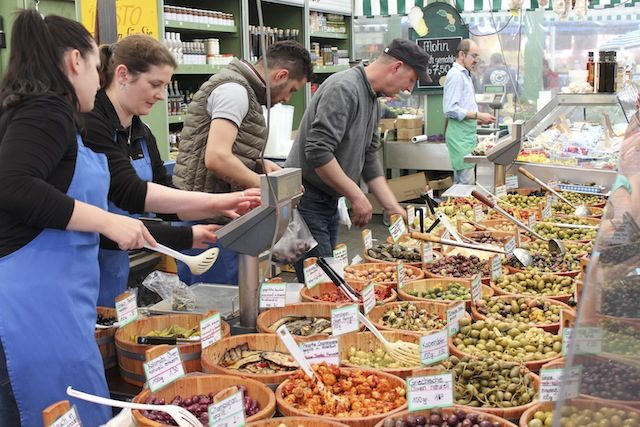mercado gastronomico da Alemanha Viktualienmarkt Munique